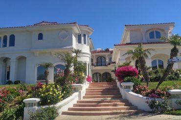Huge suburban house - Small vs big
