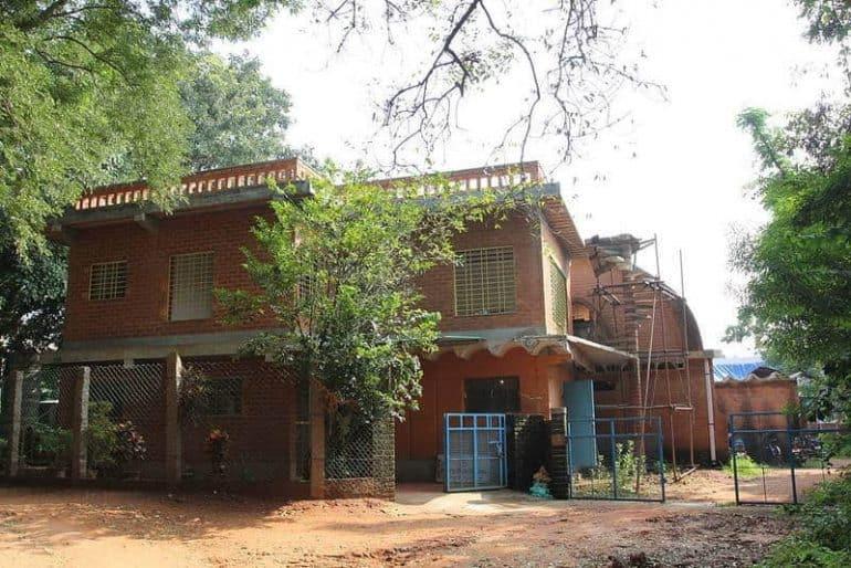 Auroville Earth Institute building - Earthen construction