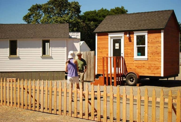Tiny house/cottage on wheels - Building an eco-friendly cottage