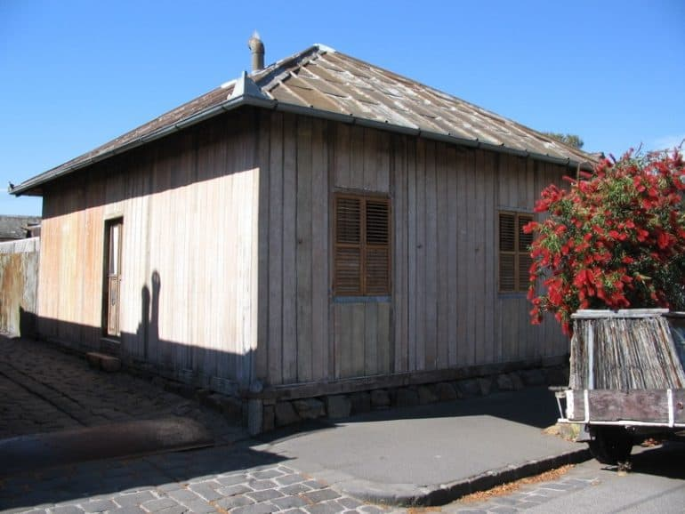 Prefabricated cottage in Collingwood, Australia - The future is prefabricated