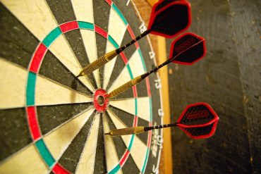 Traditional dartboard - 3 tips for creating a sustainable games room in your home