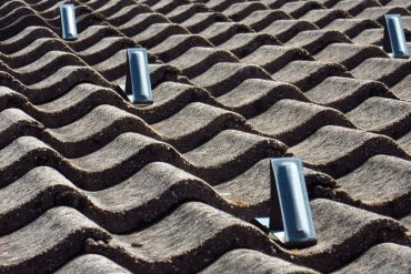 Concrete roof tiles via Pixabay