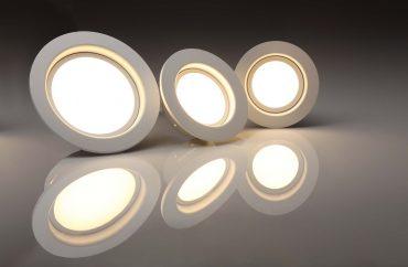 Three LED lights. Photo from Pixabay.